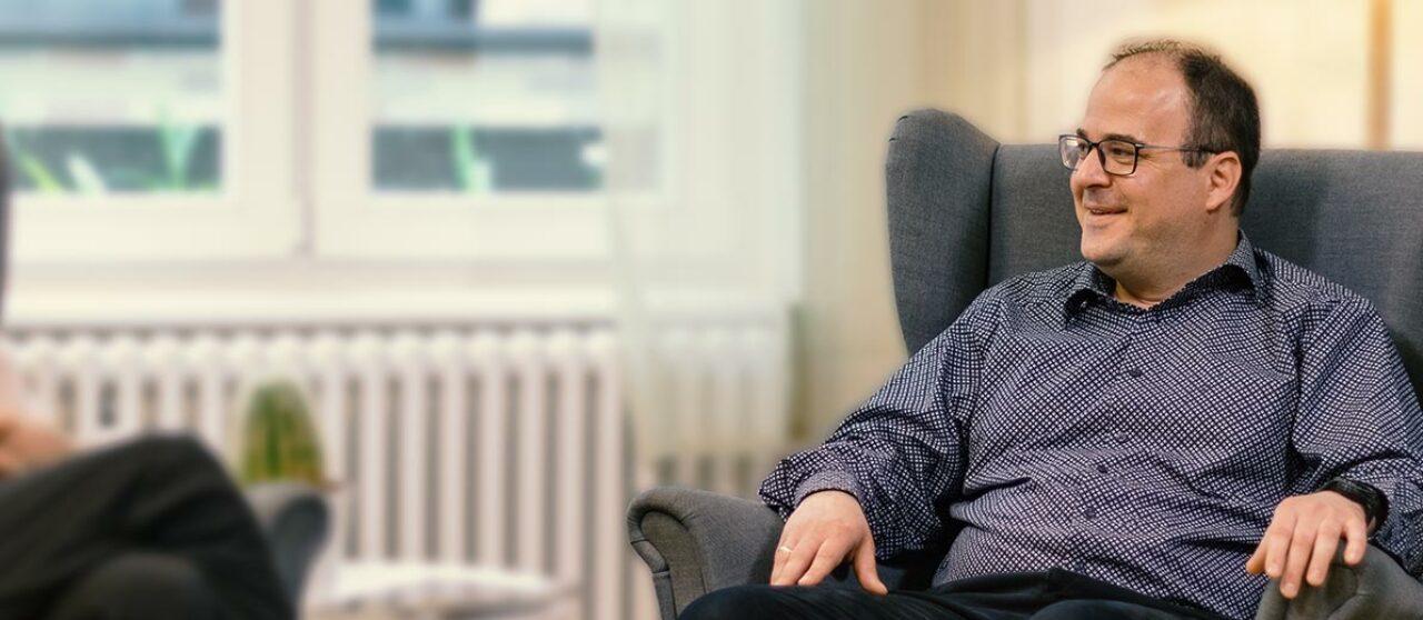 Lust auf ein Gespräch - Unser Berater Andreas Müller wartet auf Sie und Ihre Versicherungsfragen
