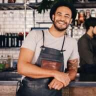 Sie können entspannt lächeln? Dann sicher wegen Ihrer neuen Arbeitsunfähigkeitsversicherung.