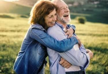 Das Glück in der eigenen Hand, mit einer guten Rentenversicherung fürs Alter sorgen.